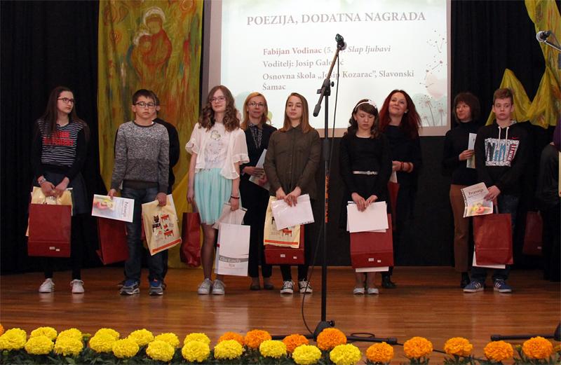 http://hrvatskifokus-2021.ga/wp-content/uploads/2017/12/poezija.jpg